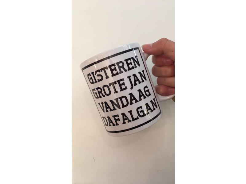 Urban Merch Tasse à Café  'Gisteren Grote Jan'