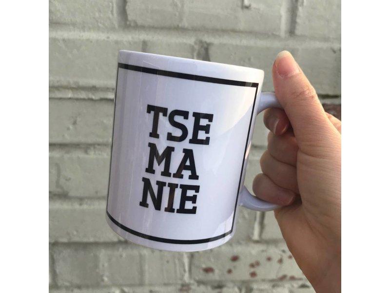 Urban Merch Mug 'Tse Ma Nie'