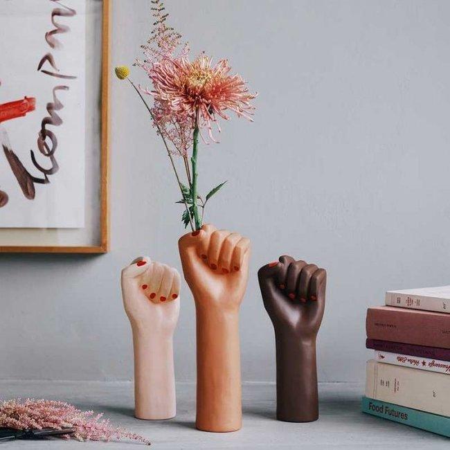 DOIY Vase 'Girl Power' (braun, groß)