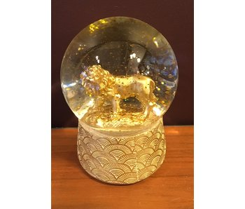 Dream Globe Lion