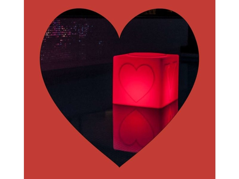 Goodnight Light Goodnight Light - The LOVE Lamp - changing colours