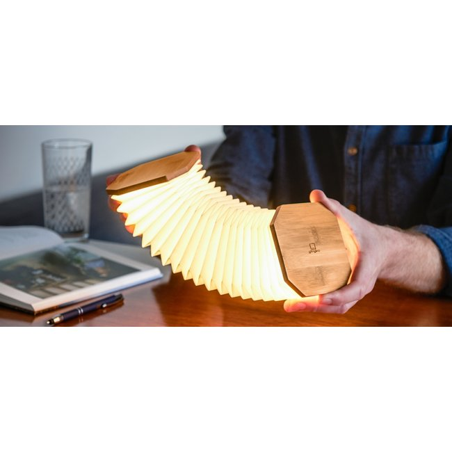 Gingko Smart Accordeon Lamp - bamboe