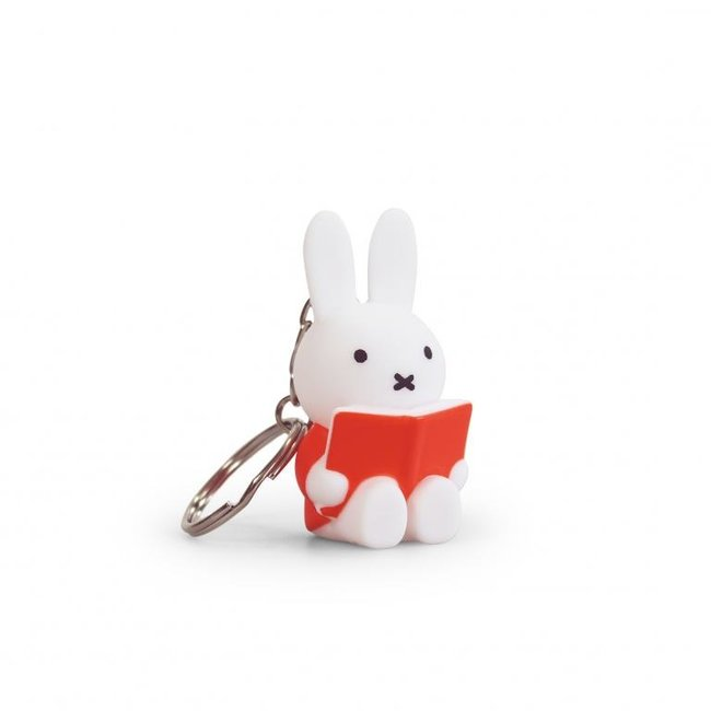 Atelier Pierre - Key Fob Miffy Reads