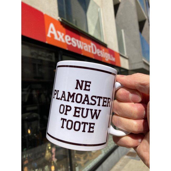 Urban Merch Tasse Ne Plamoaster Op Euw Toote