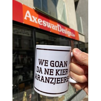 Urban Merch Tasse We Goan Da Ne Kier Aranzjeere