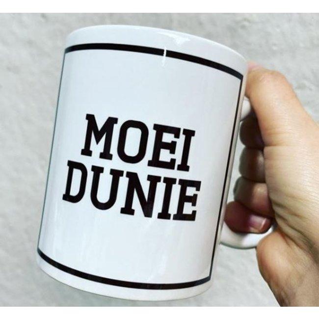 Urban Merch Tasse Moei Dunie