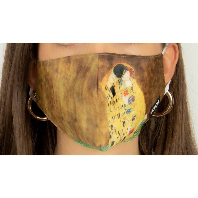 Loqi Mouth Mask Art - The Kiss
