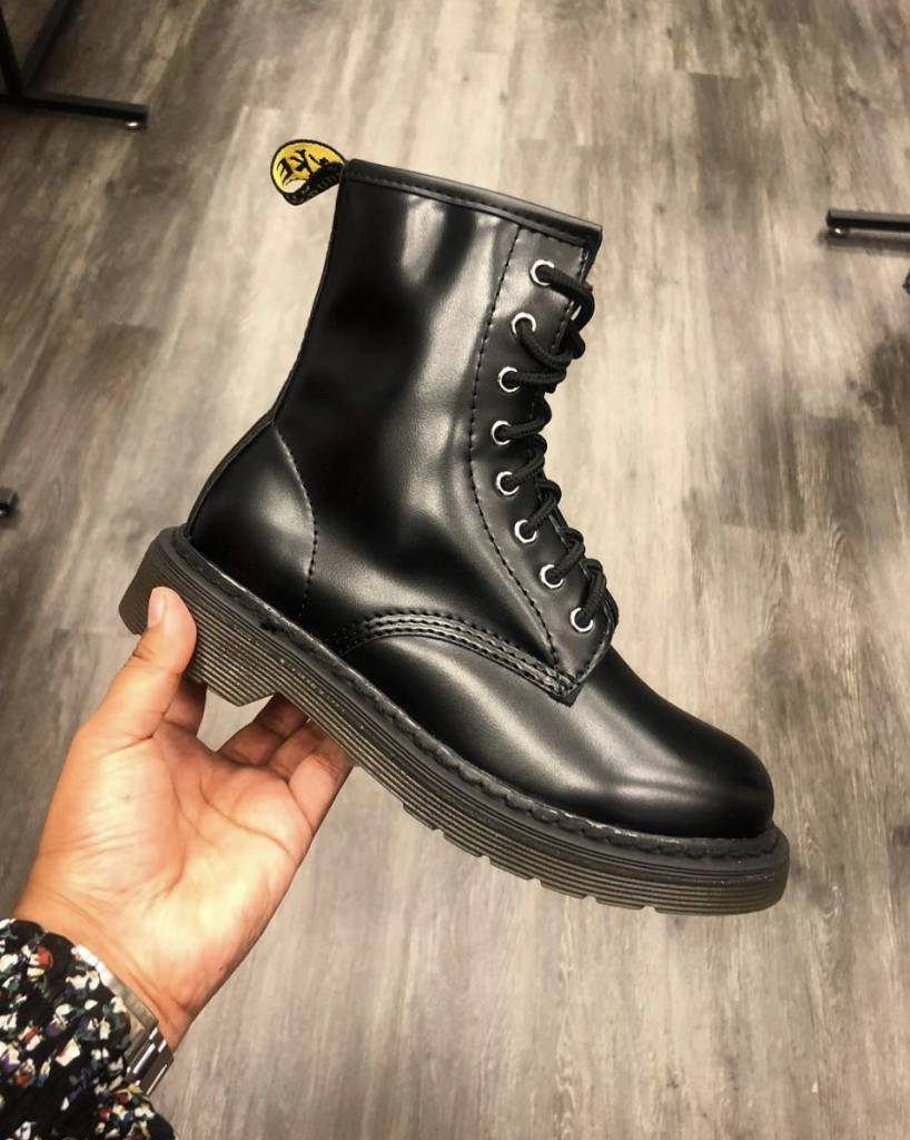 HIT BOOTS