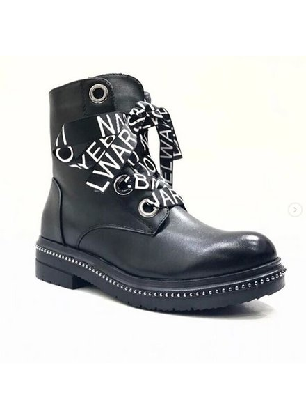 TEXT BOOTS