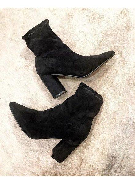 KATIE BLACK ANKLE BOOTS