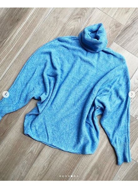 SOFT COLL SWEATER BLUE
