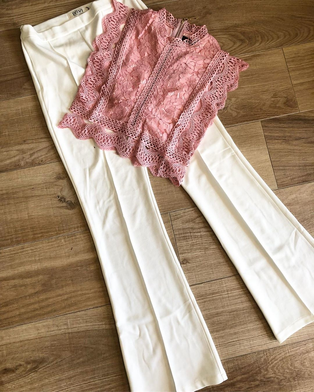 LACE FESTIVAL TOP PINK