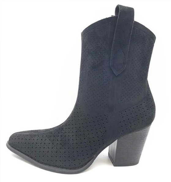 COW BOOTS BLACK