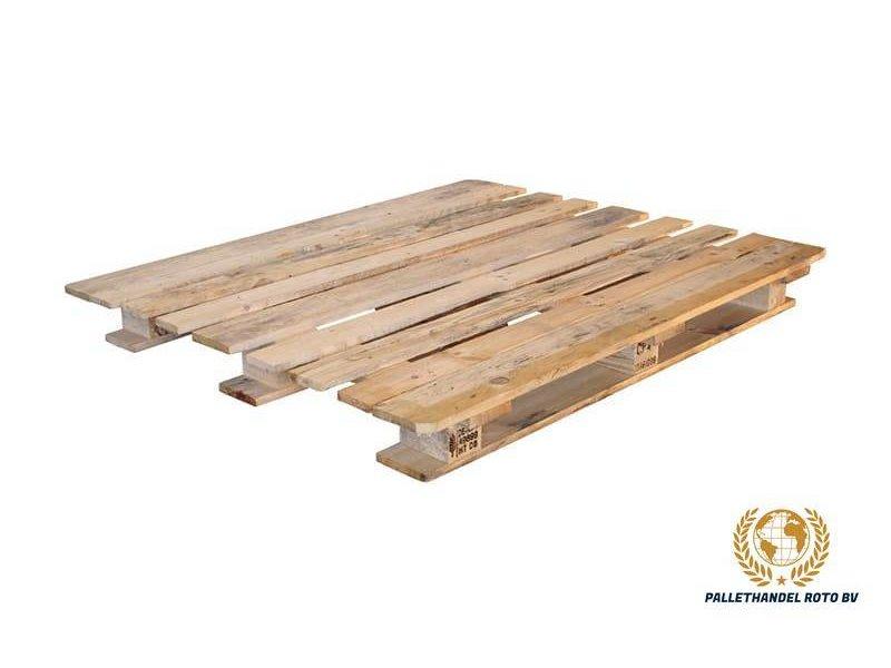 CP4 pallet 110x130cm, gebruikt