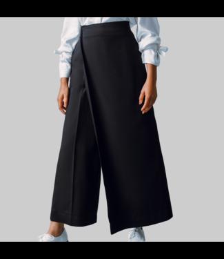 Schwarze Hose mit Panel