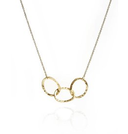 Gold 3 Oval Link Necklace