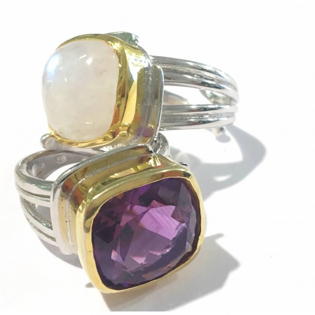 Gallardo and Blaine Art Deco Ring with Amethyst