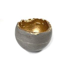 Kaiko Studio Small Wabi-Sabi Concrete Candleholder/Planter - Grey