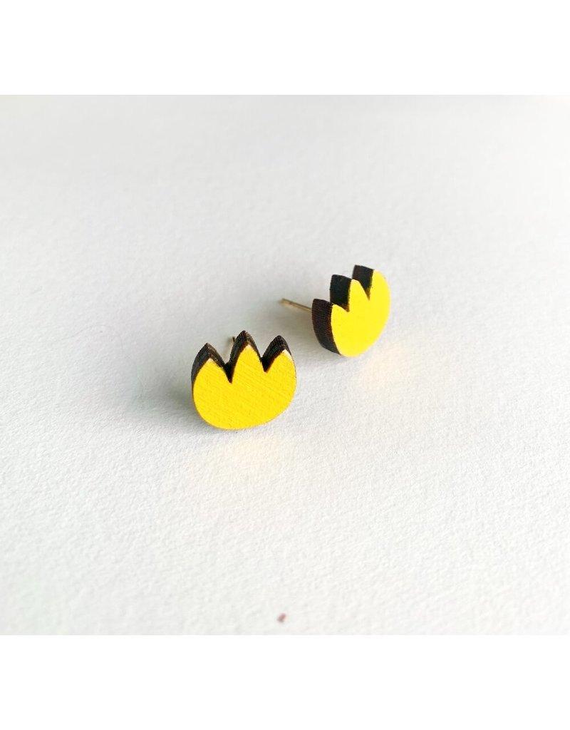 Shock Of Grey Wooden Tulip Stud Earrings - Yellow