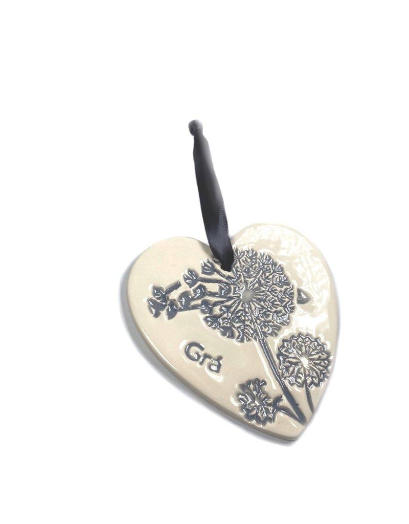 Maple Tree Pottery Ceramic Gra Heart - Grey Dandelion