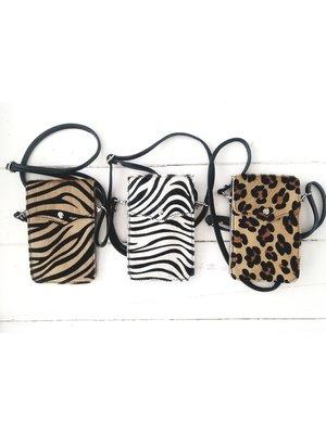 Joof Leren telefoontasje met dierenprint. Panterprint & zebra
