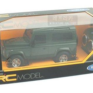 Welly Bestuurbare auto Land Rover Defender 1:24