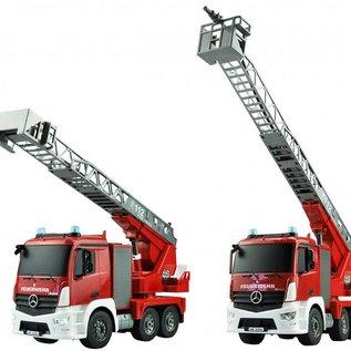 Amewi Bestuurbare brandweerwagen met waterspuit 1:20