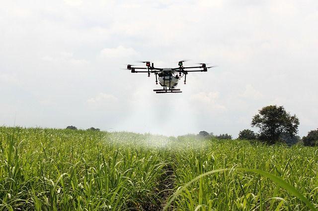 Drone blust brand zonder water