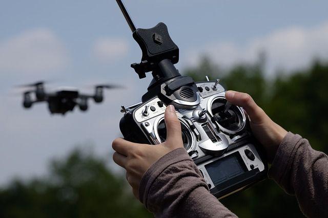Brandweer krijgt vliegles met drones
