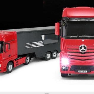 Rastar Rc vrachtwagen Mercedes Actros met helipad 1:26