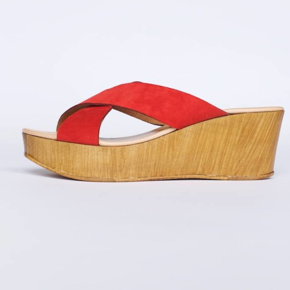 Italian leather wedge with knot