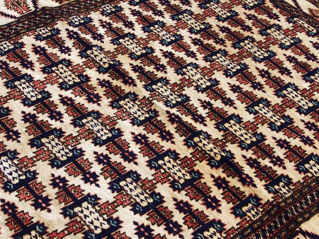 Bukhara 160x120 cm  Seiden Teppich aus Afghanistan Nr:30
