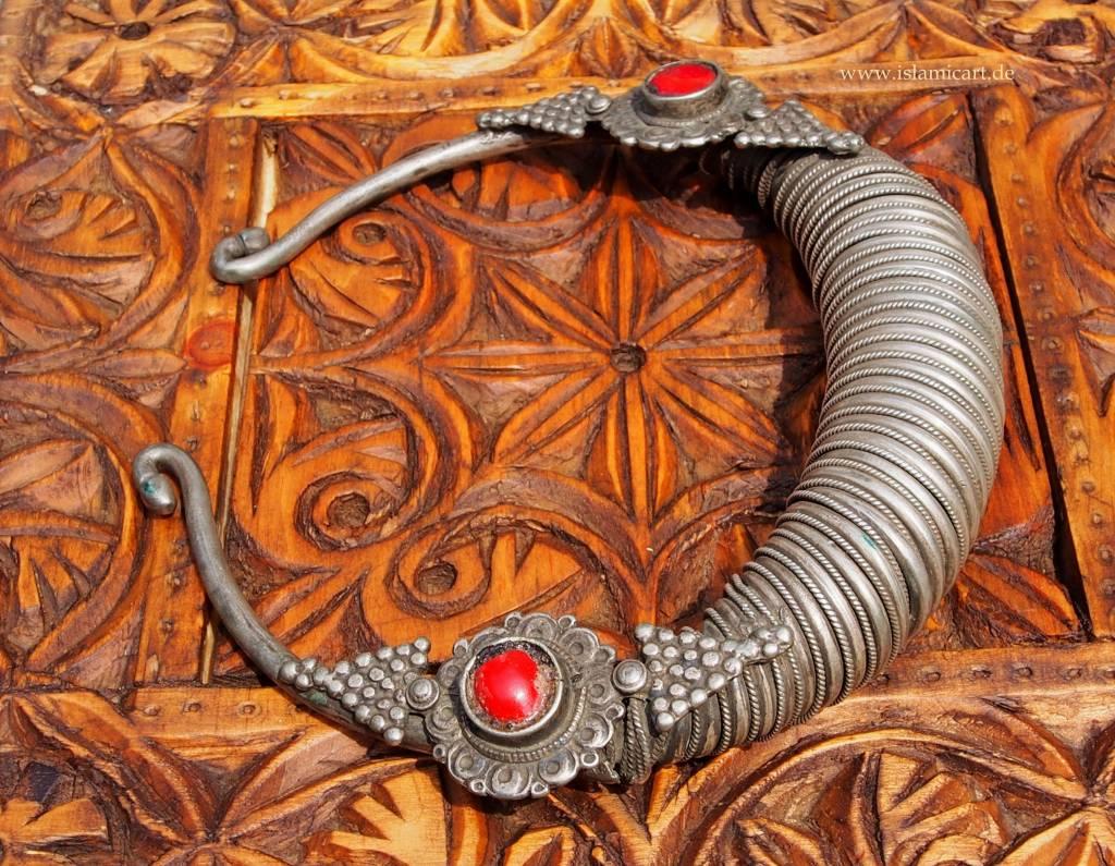 Silber Spiral-Halsreif  Afghanistan Nuristan Nr-17/12