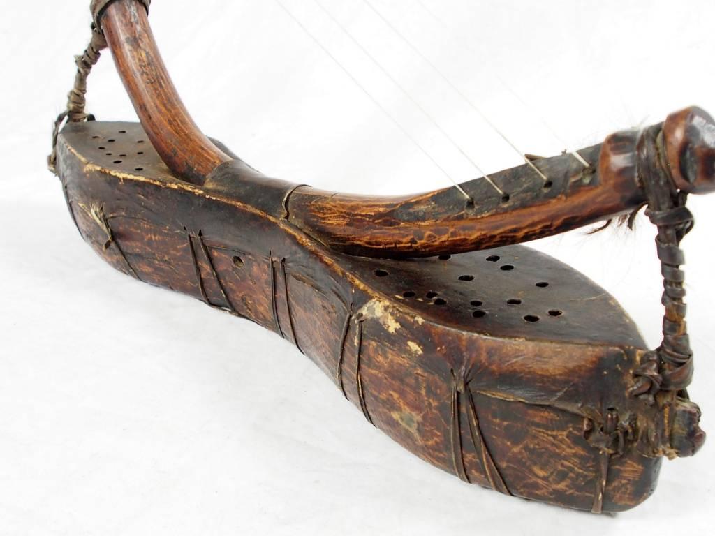 antik orient exotische Musikinstrument afghanistan Nuristan kohistan harp waj wuj musik Nr:HH