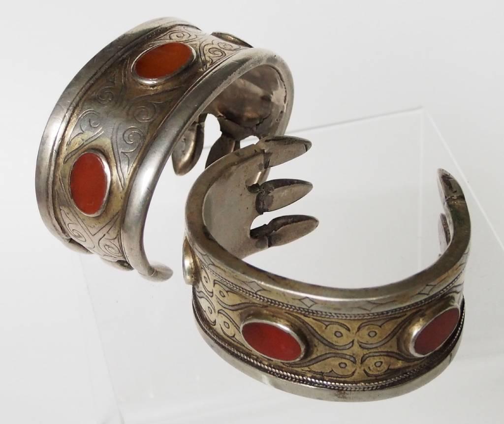 ein Paar Antik Turkmenische Tekke - Silber Armreif  (Bilezik) Nr:17/492