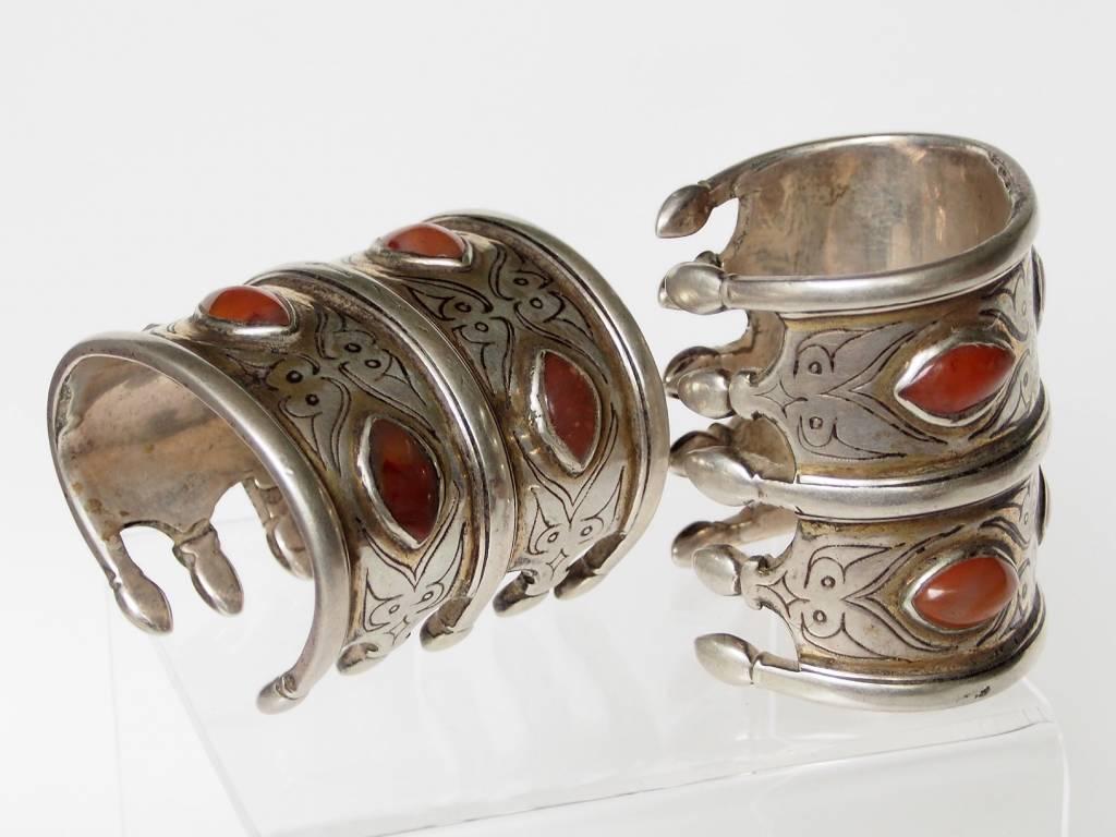 ein Paar Antik Turkmenische Tekke - Silber Armreif  (Bilezik) Nr:17/496