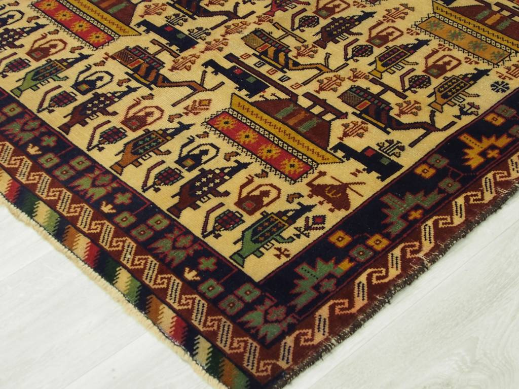 181x116 cm genuine old Afghan Warrug originell Kriegteppich aus Afghanistan NR:7