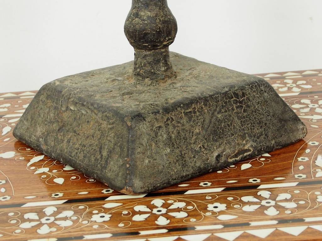 Antik osmanische Holz Kerzenhalten