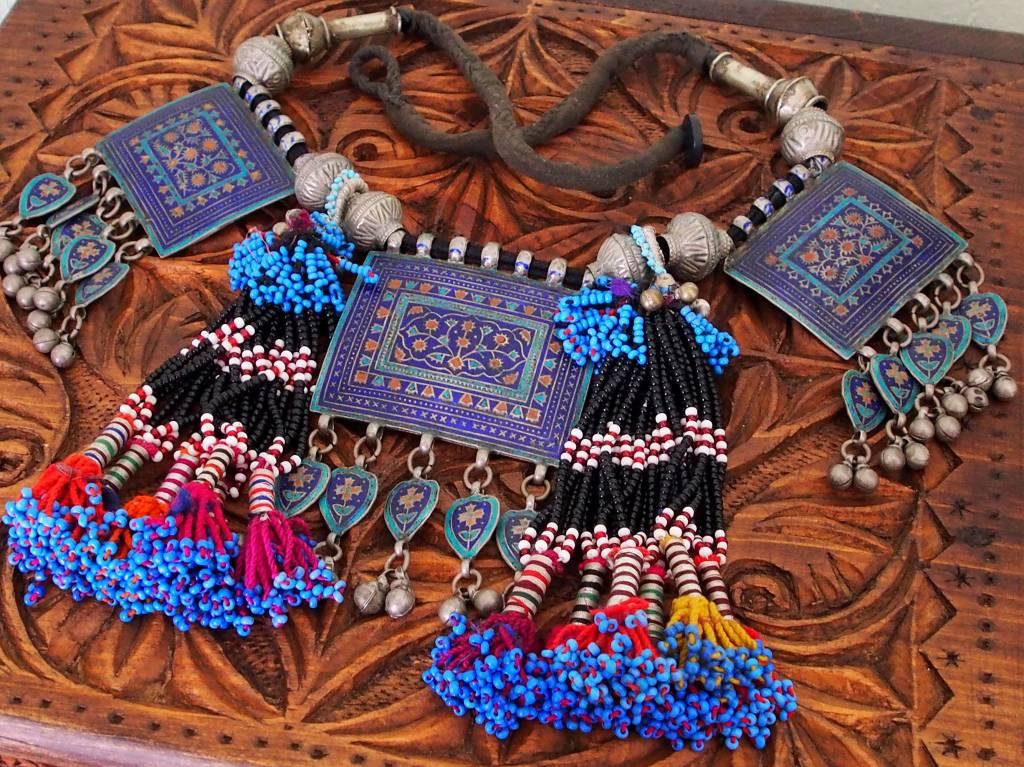 antique Multan enamelled necklace 18/4
