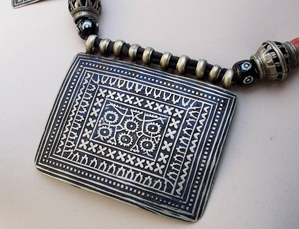 antique Multan enamelled necklace 18/7