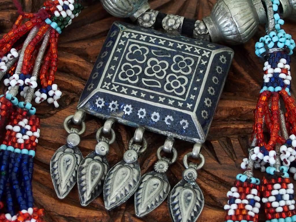 antique Multan enamelled necklace 18/1