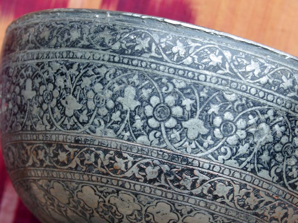 Antique islamic  18th to 19th century Tinned Copper Bowl No:Jam/ 8