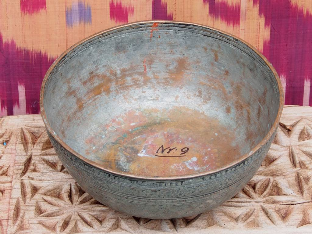 Antique Large  islamic 18th to 19th century Tinned Copper Bowl No:Jam/9