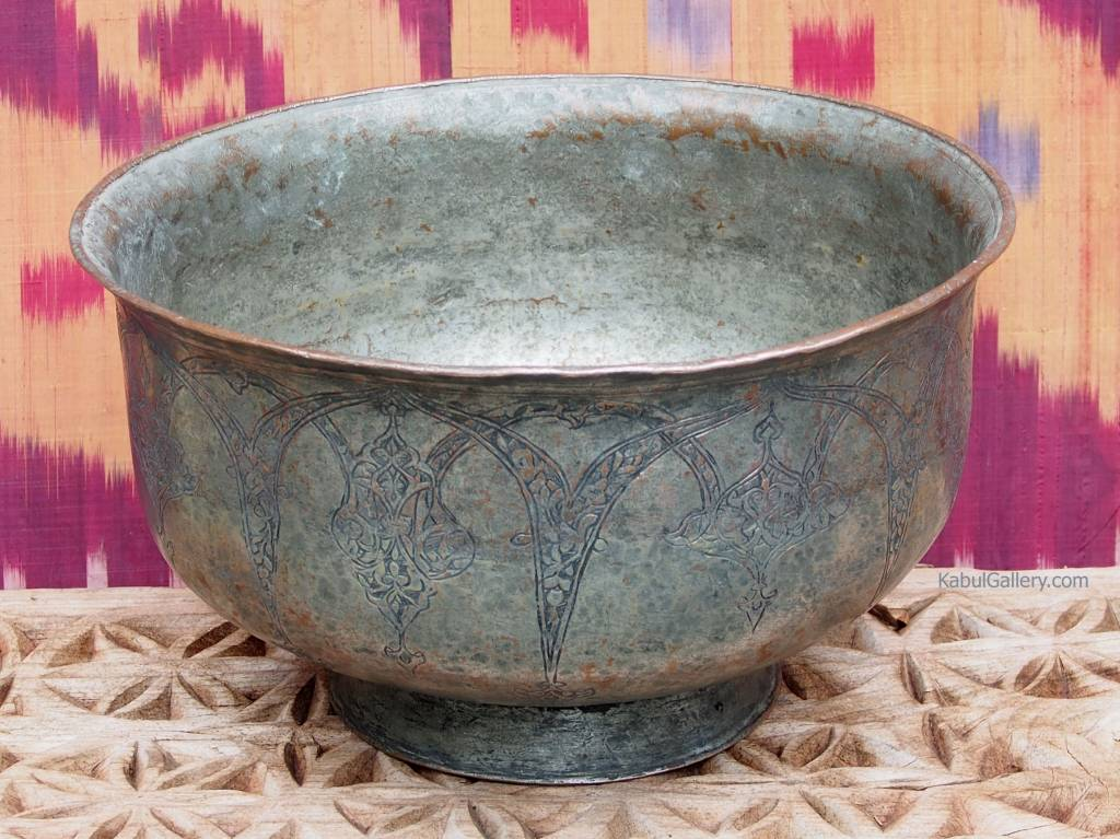 Antique Large islamic  18th to 19th century Tinned Copper Bowl No:Jam/10