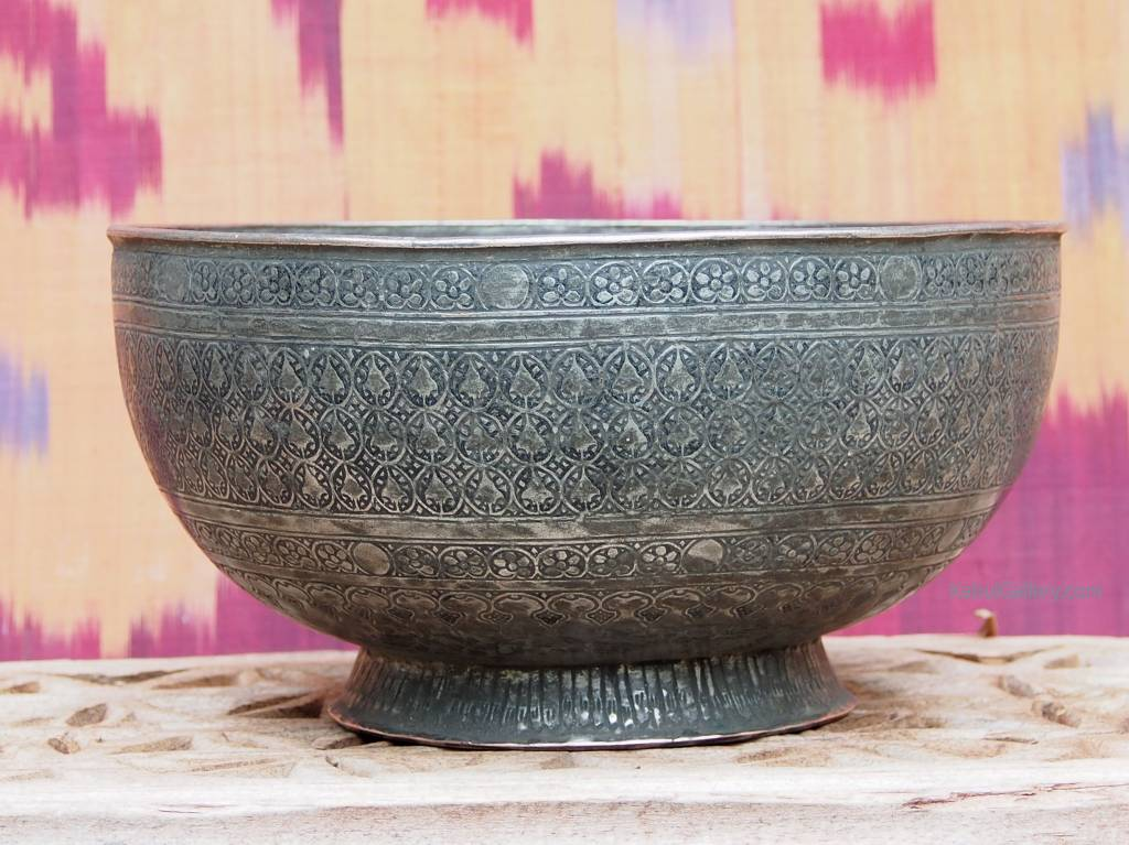 Antique islamic  18th to 19th century Tinned Copper Bowl No:Jam/47