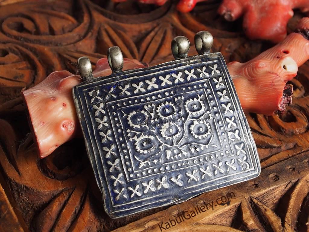 antique Multan enamelled pendant 18/A-K