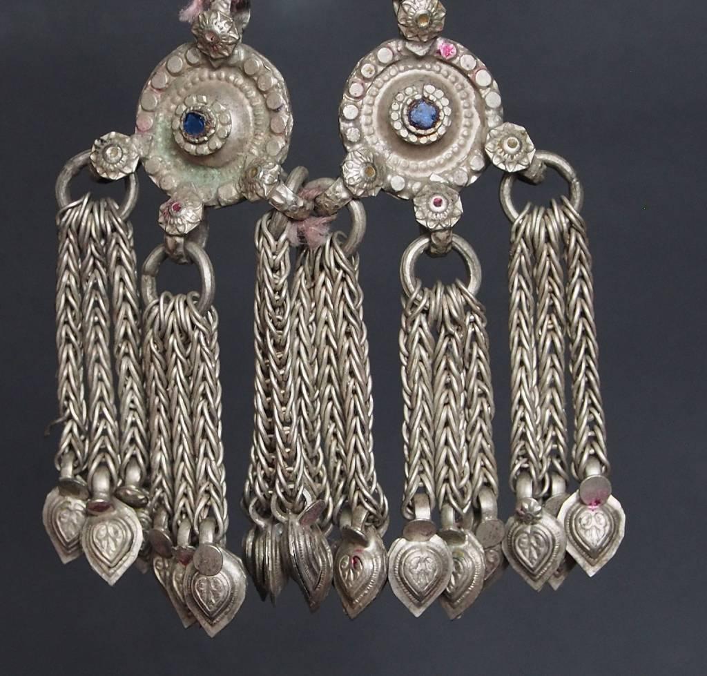Antike sehr lange Nomaden Silber Halsmomente Kette Anhänger Quast Nuristan Swat Valley Afghanistan pakistan No:18/B