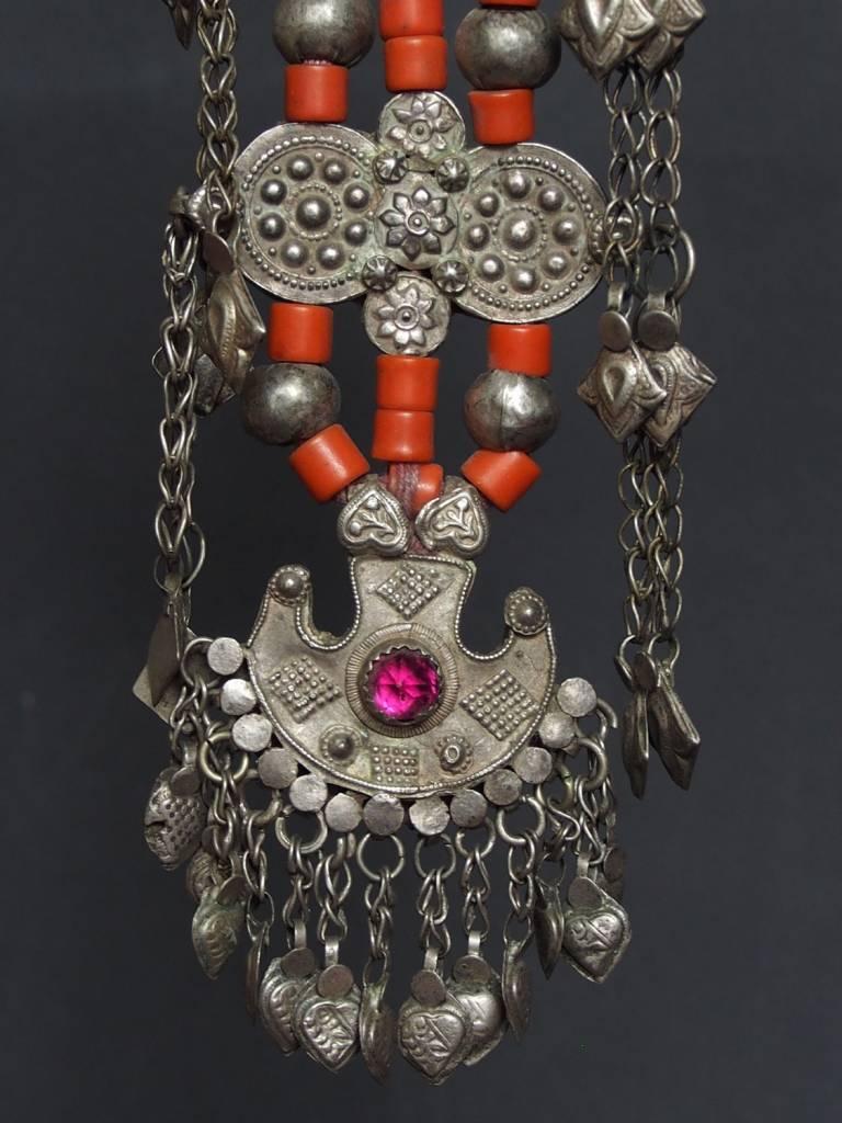 Antike sehr lange Nomaden Silber Halsmomente Kette Anhänger Quast Nuristan Swat Valley Afghanistan pakistan No:18/K