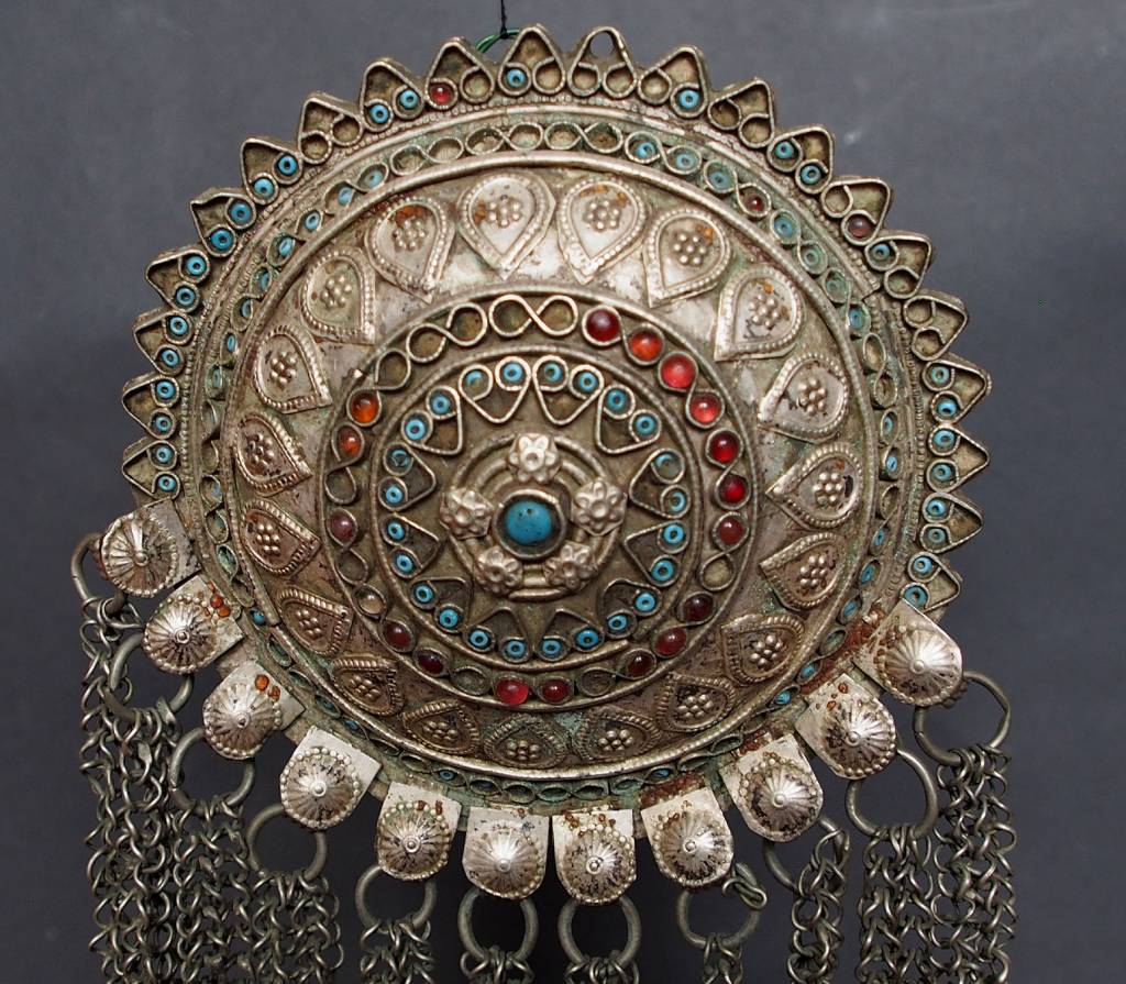 Antike sehr lange Nomaden Silber Halsmomente Kette Anhänger Quast Nuristan Swat Valley Afghanistan pakistan No:18/5