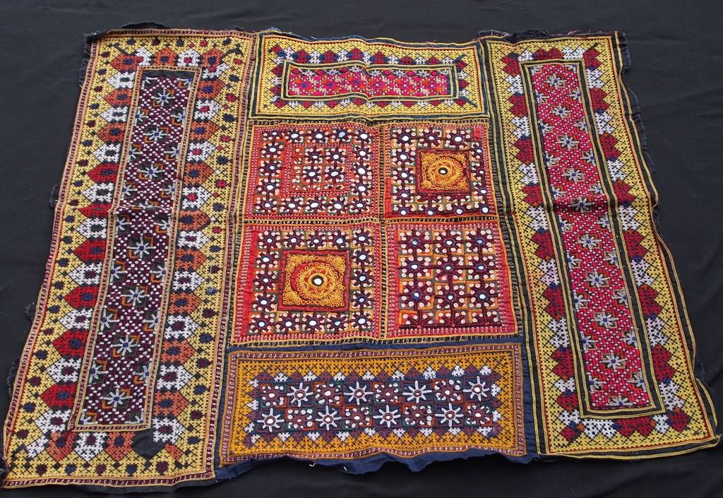 antique  Sindhi silk embroidery    No:18/14